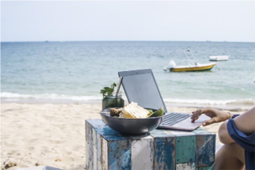 entrepreneur beach club coworking camp
